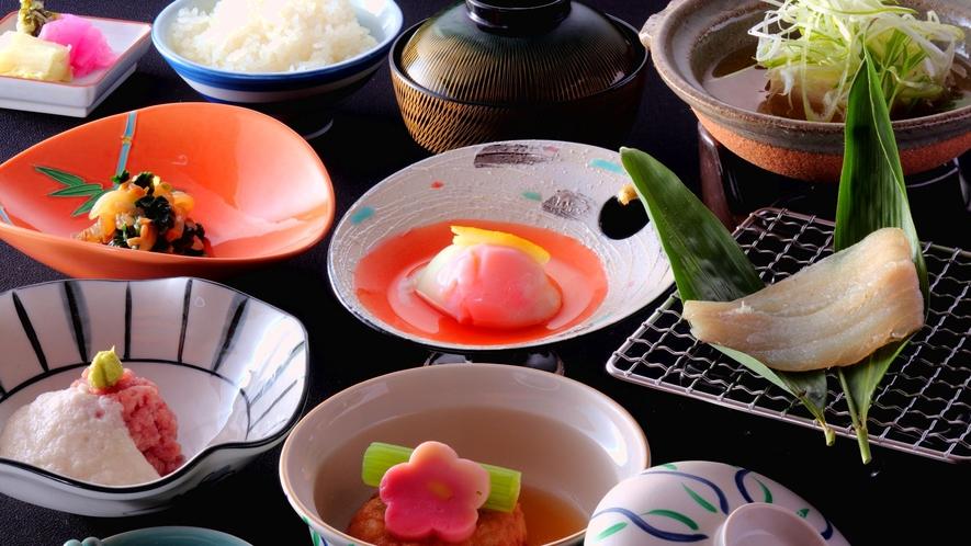 ★ガス釜で炊いた「加賀こしひかり米」をたくさん召し上がれ♪なぜか美味しい旅館の朝食。