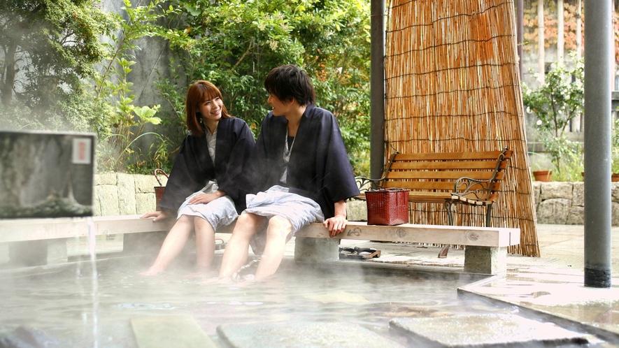 【足湯・源泉公園】旅情と人情を感じる街で1300年の歴史ある湯にふれる