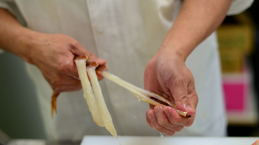 ★素早い調理で鮮度を保ったままお客様の元へお届けします。【活蟹会席イメージ】