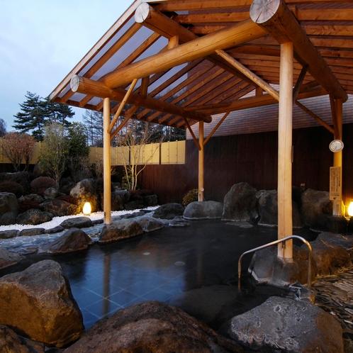 女湯 夜の露天風呂