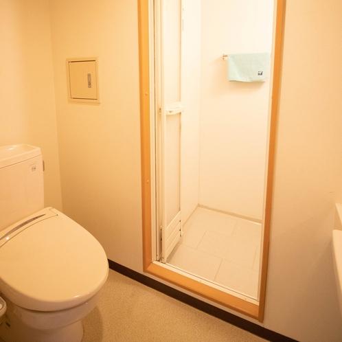 [洋室・和室8畳]シャワー