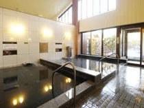 女性大浴場 ヒマラヤ岩塩風呂(入口側)