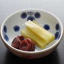 朝食 香の物