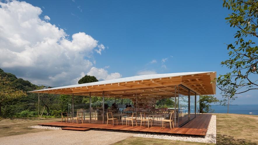 園内には【COEDA HOUSE】という隈研吾氏設計の絶景カフェがあります。