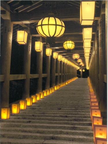 長谷寺の万燈会