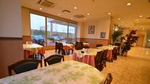 *ロビー横のレストラン。夕食・朝食やカフェ・ランチもあり。