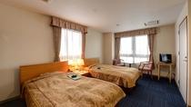 *【DXツイン一例】少し広めのお部屋です。セミダブルサイズのベッドでゆったり♪