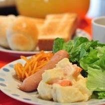 バイキング朝食 洋食盛り付け例