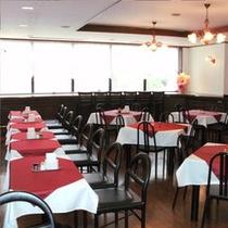 光の差し込むレストラン 6:30am-10:00am