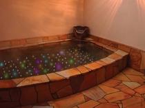 温泉の洋風露天風呂