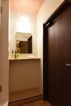 201号室浴室201号室前