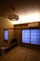 2階6畳和室トイレ・バス共同