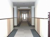 各階フロアは広めになっております。