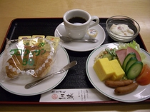 朝食盛り付け例7