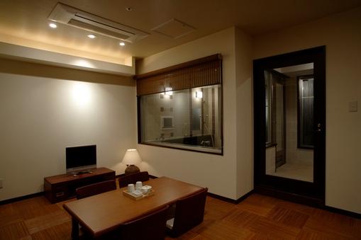 家族風呂(和室・禁煙) JR蒲田駅すぐ 源泉掛流し黒湯温泉