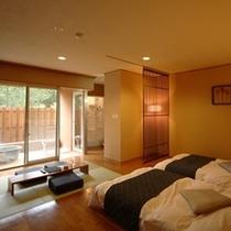 【和風モダン/洋室ツイン+畳リビング】フローリング貼りの洋室にはローベッドが2つ