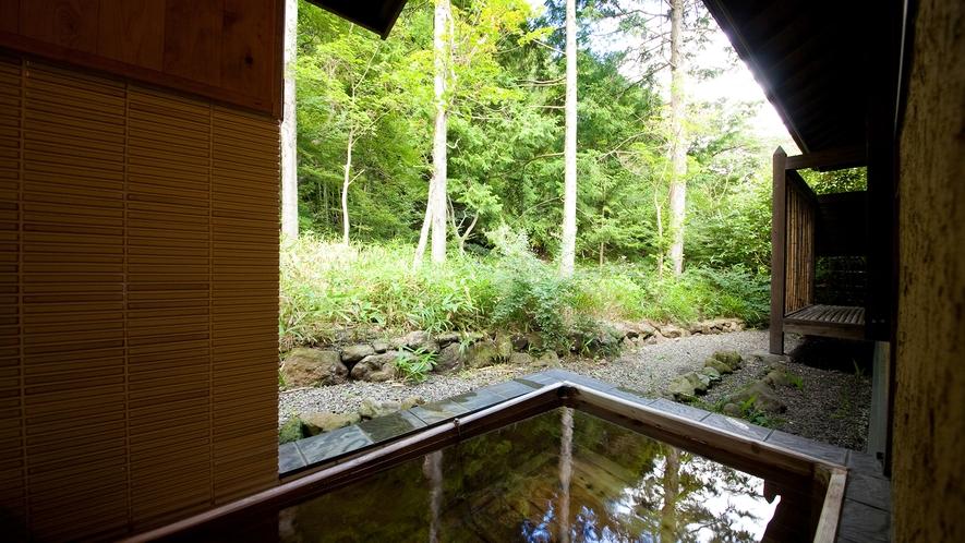 【特別室】《笑意軒》客室露天風呂一例