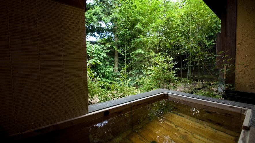 【特別室】残月亭〜客室露天風呂