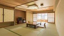 *【部屋(和室12畳)】畳敷きが心地よい落ちた和室で、お寛ぎください。