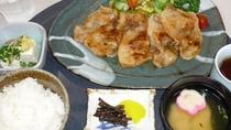 夕食付プラン  オリジナル日替わり定食をご用意