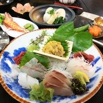 【季節限定生ウニ祭り★】とろける生ウニを贅沢にご賞味くだささい