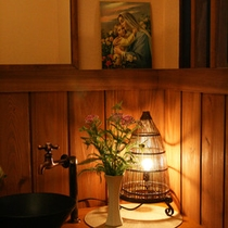 【館内イメージ】間接照明が温かみのある館内を演出します