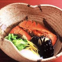 【うちわ海老の具足煮】天草特産のうちわ海老と苓北レタス、茄子の煮物