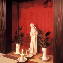 【ロビー】天草のキリシタンの文化を今に伝えるマリア像