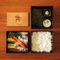 伊賀屋の手巻き寿司 三段重ねの重箱