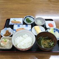*【朝食盛り付け例:和食】約20種類の和洋バイキング