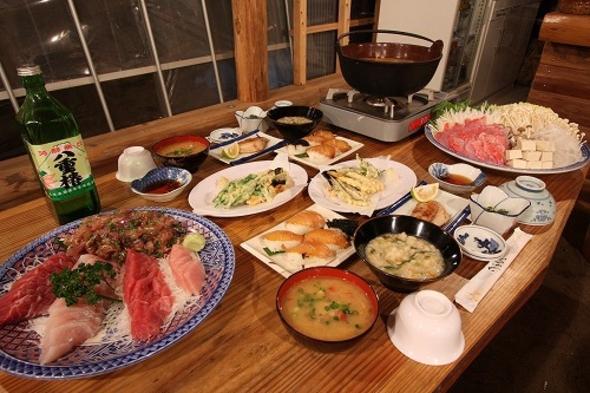 島料理も楽しめる夕食つきプラン