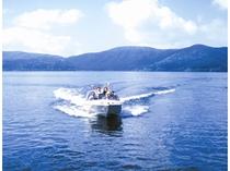 芦ノ湖モーターボート