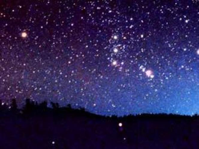 龍宮殿から望む冬の星空