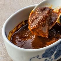 【夕食】温物・人気のビーフシチュー((一例/日により献立が異なります)