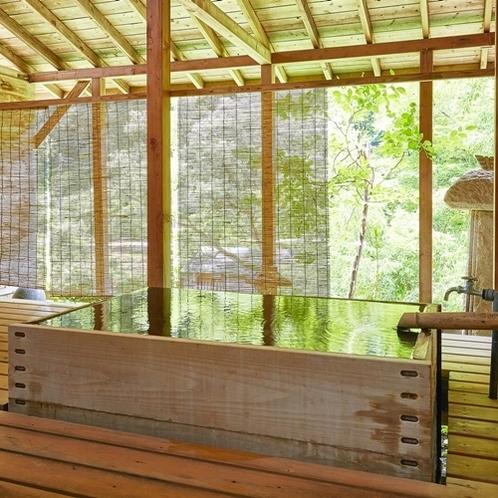 西館和洋室の客室露天風呂(一例)
