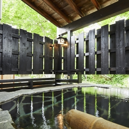 離れ棟割の客室露天風呂(一例)