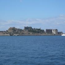 【軍艦島】長崎市にある島。2015年には世界遺産に登録されました。