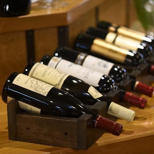 【居酒屋味のれん】日本酒だけじゃないですよ。ワインもご用意してます。女将はワインも好きなんです。