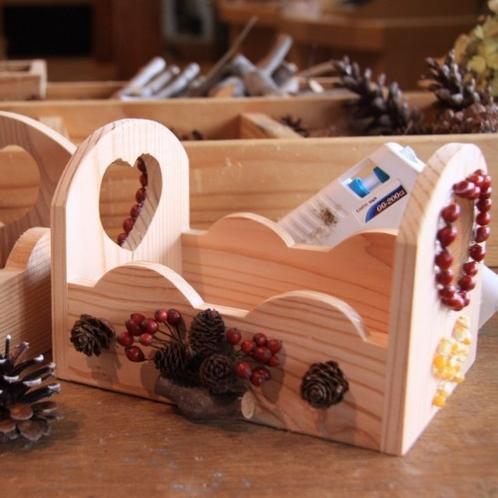 【木工体験】ホテルの隣のフォレストアイでは簡単な木工体験が楽しめます。(ミニBOX作りイメージ)