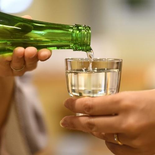 【居酒屋味のれん】地酒わしの尾の飲み比べはいかがですか?
