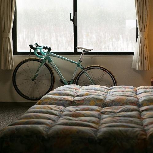 ロードバイクの客室への持ち込みもOKです。