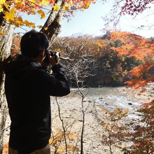 【松川渓谷遊歩道】ホテルから徒歩20分のお散歩コース。思わずシャッターを切ってしまう景色がたくさん。