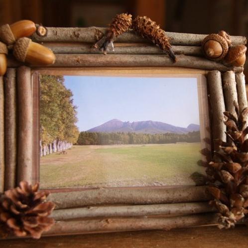【木工体験】ホテルの隣のフォレストアイでは簡単な木工体験が楽しめます。(写真立てイメージ)