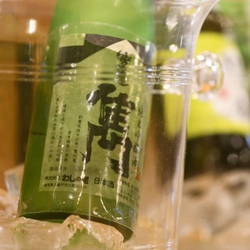 【居酒屋味のれん】日本酒をラベルで選ぶなんてこともOK。これってジャケ買い?