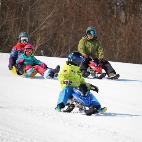 【八幡平ウインターランド】スノーストライダー。みんなで雪上を駆け抜けろ!