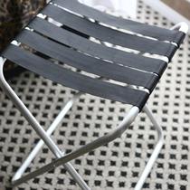 【バゲージラック】お荷物を広げやすいよう、折り畳み式のバゲージラックを設置しております。