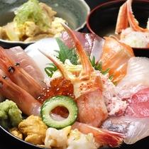 【豪華海鮮丼】