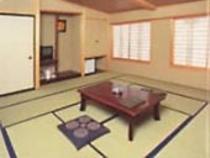 13畳和室