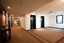 ◆客室フロア◆ エレベータホール