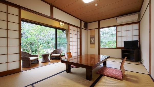 【菊の間(禁煙)】川を眺めてのんびりと 和室7.5畳